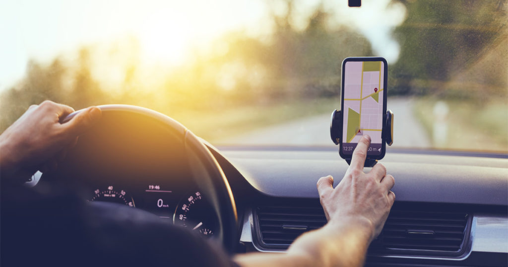 Do GPS Devices Increase the Risk of Car Accidents?